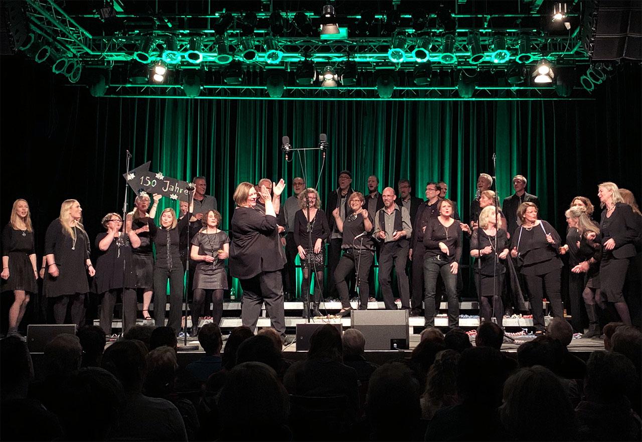 Baltic Jazz Singers auf der Bühne Pumpwerk Wilhelmshaven